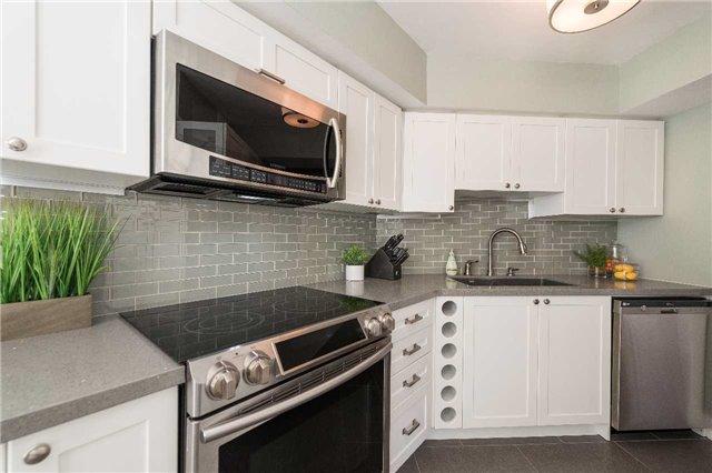 Condo Apartment at 1485 Lakeshore Rd E, Unit 301, Mississauga, Ontario. Image 18