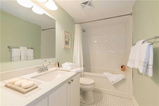Condo Apartment at 1485 Lakeshore Rd E, Unit 301, Mississauga, Ontario. Image 6