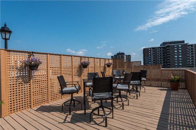 Condo Apartment at 1485 Lakeshore Rd E, Unit 301, Mississauga, Ontario. Image 8