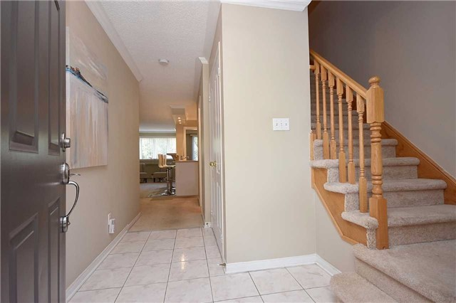 Condo Townhouse at 1064 Queen St W, Unit 12A, Mississauga, Ontario. Image 12