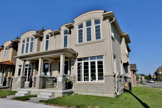 Semi-detached at 491 Sixteen Mile Dr, Oakville, Ontario. Image 1