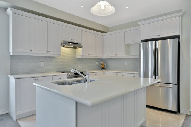 Semi-detached at 491 Sixteen Mile Dr, Oakville, Ontario. Image 17
