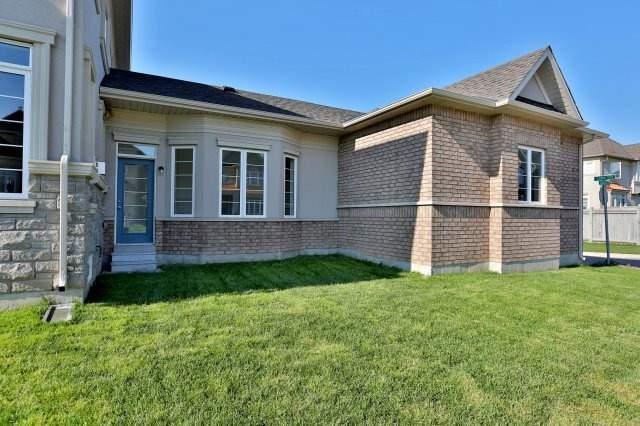 Semi-detached at 491 Sixteen Mile Dr, Oakville, Ontario. Image 9
