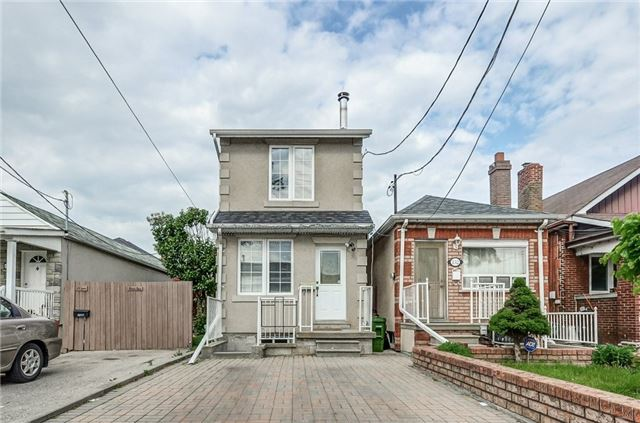 Detached at 130 Spears St, Toronto, Ontario. Image 1