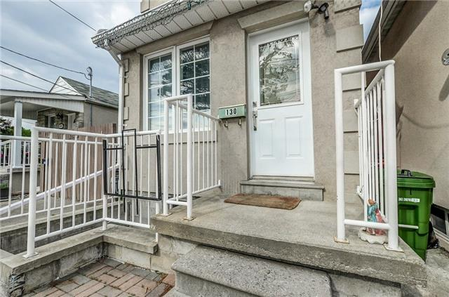Detached at 130 Spears St, Toronto, Ontario. Image 14