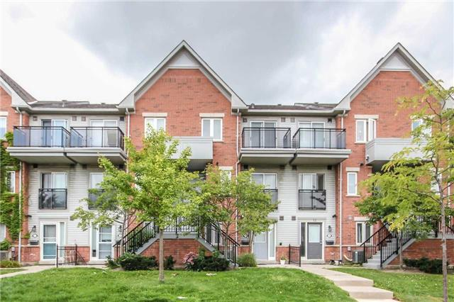 Condo Townhouse at 4620 Guildwood Way, Unit 17, Mississauga, Ontario. Image 1