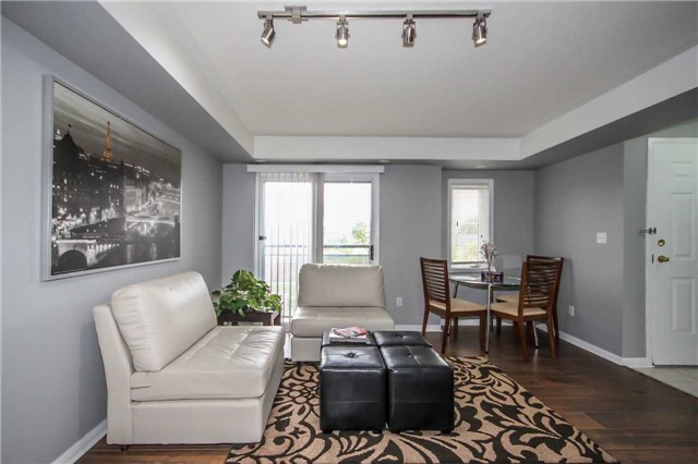 Condo Townhouse at 4620 Guildwood Way, Unit 17, Mississauga, Ontario. Image 14