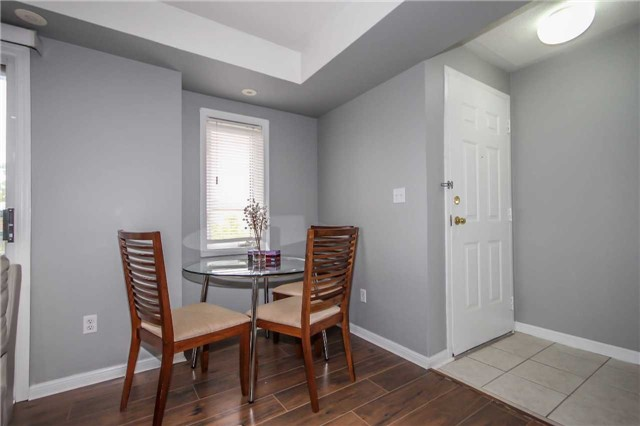 Condo Townhouse at 4620 Guildwood Way, Unit 17, Mississauga, Ontario. Image 15