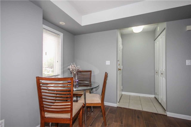 Condo Townhouse at 4620 Guildwood Way, Unit 17, Mississauga, Ontario. Image 16