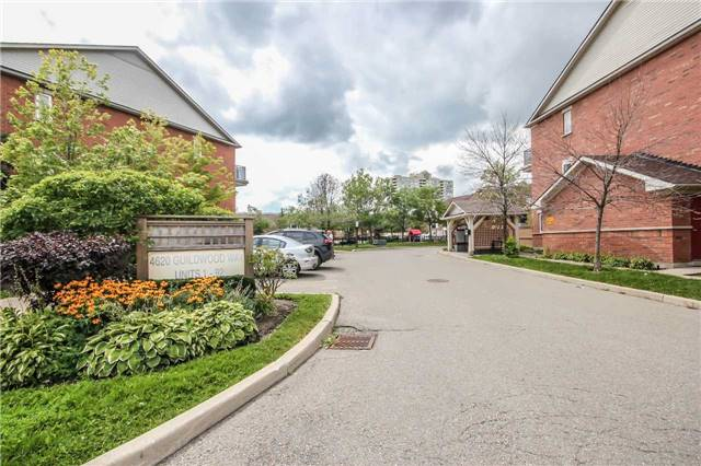 Condo Townhouse at 4620 Guildwood Way, Unit 17, Mississauga, Ontario. Image 10