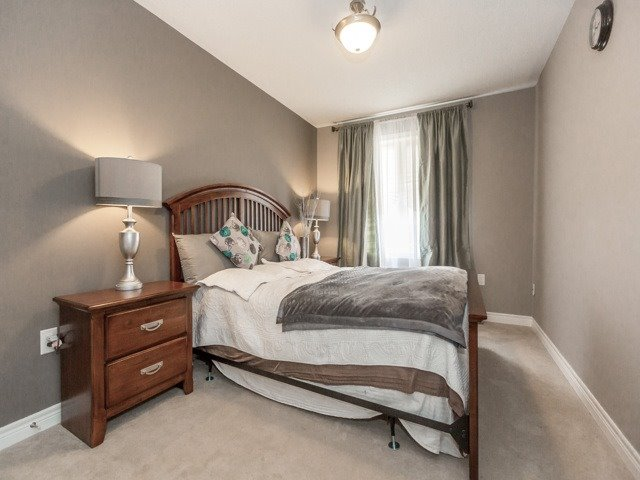 Townhouse at 12557 Kennedy Rd, Caledon, Ontario. Image 6