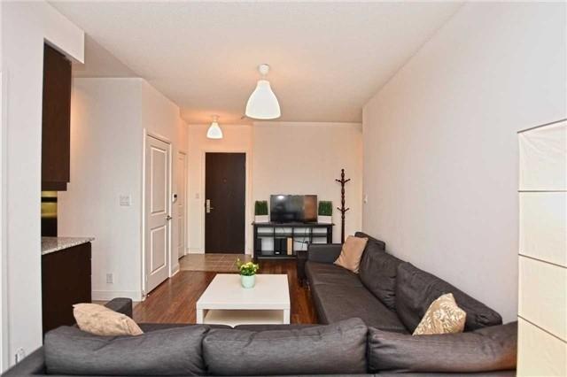 Condo Apartment at 60 Absolute Ave, Unit 1004, Mississauga, Ontario. Image 15