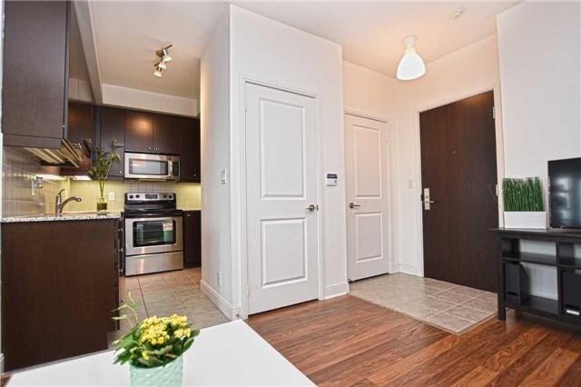 Condo Apartment at 60 Absolute Ave, Unit 1004, Mississauga, Ontario. Image 17