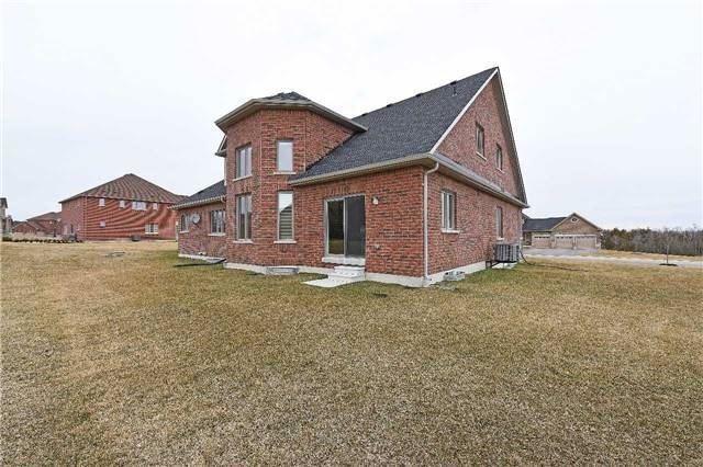 Detached at 10 Jamestown Crt, Caledon, Ontario. Image 12