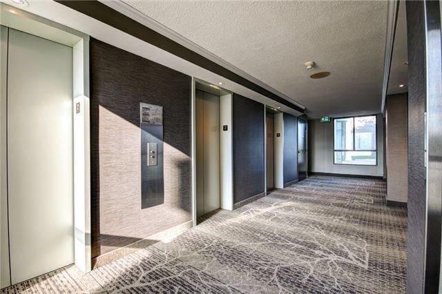 Condo Apartment at 4470 Tucana Crt, Unit 1412, Mississauga, Ontario. Image 13