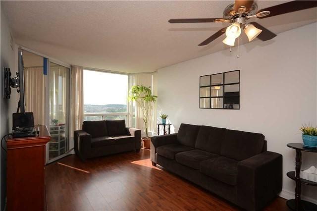 Condo Apartment at 4470 Tucana Crt, Unit 1412, Mississauga, Ontario. Image 15