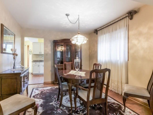 Detached at 1319 Greenwood Cres, Oakville, Ontario. Image 17
