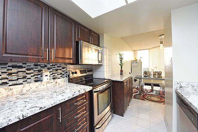 Condo Apartment at 1 Rowntree Rd, Unit 1616, Toronto, Ontario. Image 19