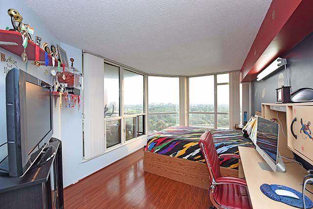 Condo Apartment at 1 Rowntree Rd, Unit 1616, Toronto, Ontario. Image 4