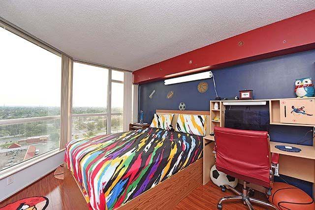 Condo Apartment at 1 Rowntree Rd, Unit 1616, Toronto, Ontario. Image 5