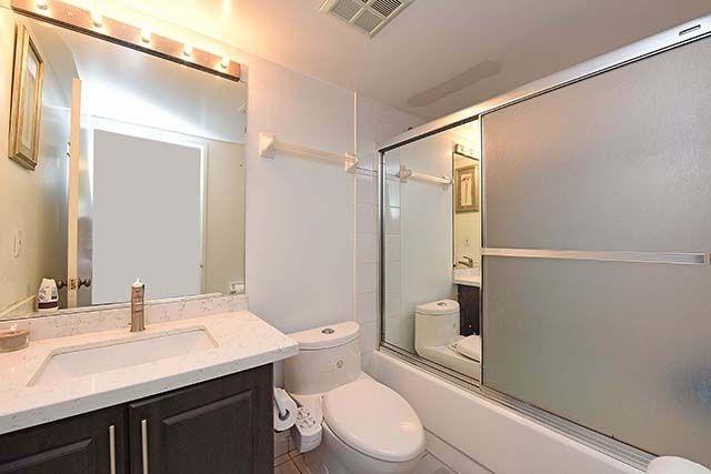 Condo Apartment at 1 Rowntree Rd, Unit 1616, Toronto, Ontario. Image 6