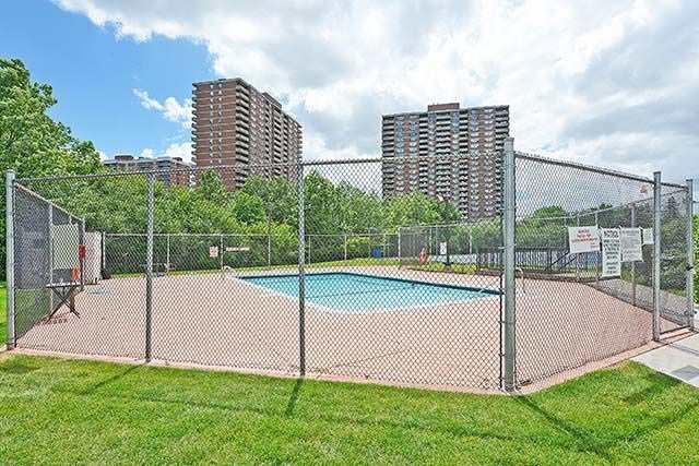 Condo Apartment at 1 Rowntree Rd, Unit 1616, Toronto, Ontario. Image 10