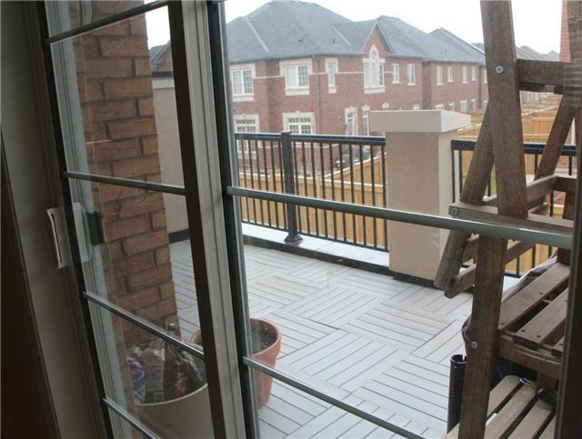 Townhouse at 3096 Preserve Dr, Oakville, Ontario. Image 5