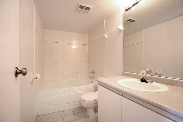 Condo With Common Elements at 3 Rowntree Rd, Unit 1705, Toronto, Ontario. Image 3