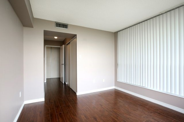 Condo With Common Elements at 3 Rowntree Rd, Unit 1705, Toronto, Ontario. Image 5