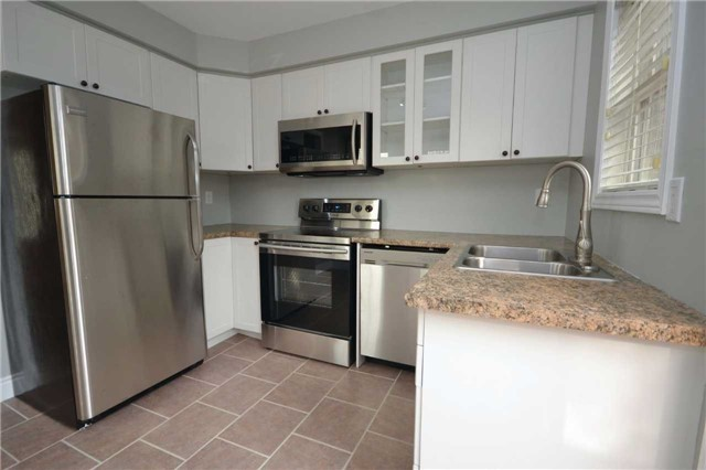 Condo Townhouse at 3895 Doug Leavens Blvd, Unit 36, Mississauga, Ontario. Image 9