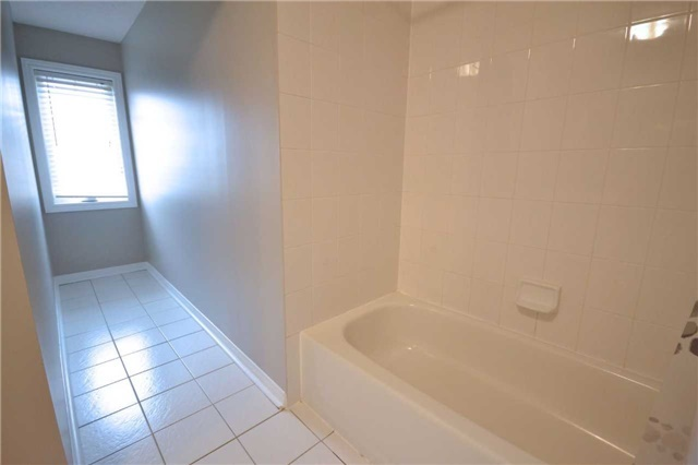 Condo Townhouse at 3895 Doug Leavens Blvd, Unit 36, Mississauga, Ontario. Image 15