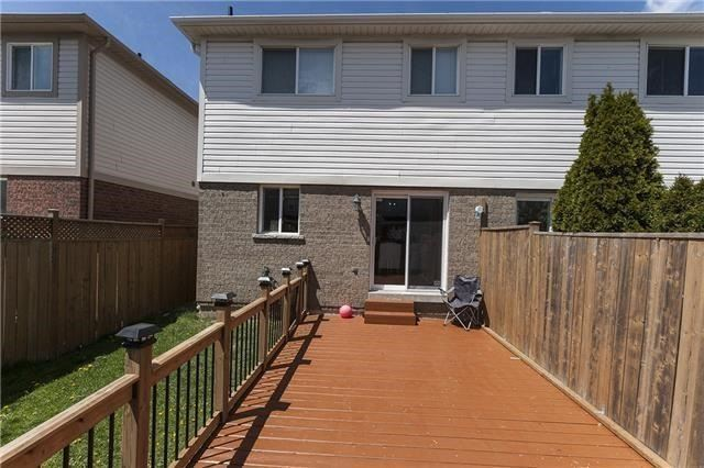 Semi-detached at 1220 Newell St, Milton, Ontario. Image 9