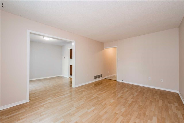 Condo Townhouse at 666 Constellation Dr, Unit 50, Mississauga, Ontario. Image 15