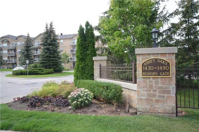 Condo Apartment at 1490 Bishops Gate, Unit 102, Oakville, Ontario. Image 1