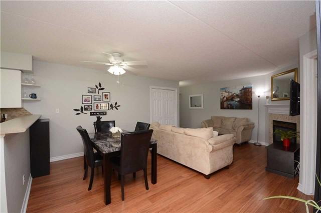 Condo Apartment at 1490 Bishops Gate, Unit 102, Oakville, Ontario. Image 12