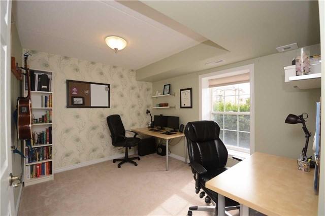 Condo Apartment at 1490 Bishops Gate, Unit 102, Oakville, Ontario. Image 3