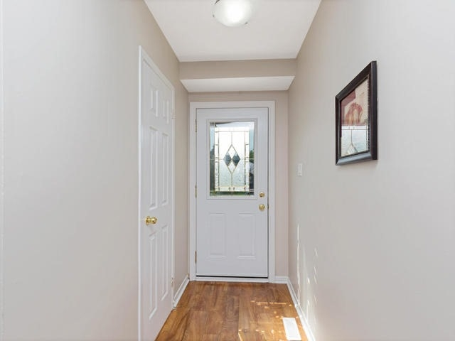 Semi-detached at 36 Lauderdale Rd, Brampton, Ontario. Image 14