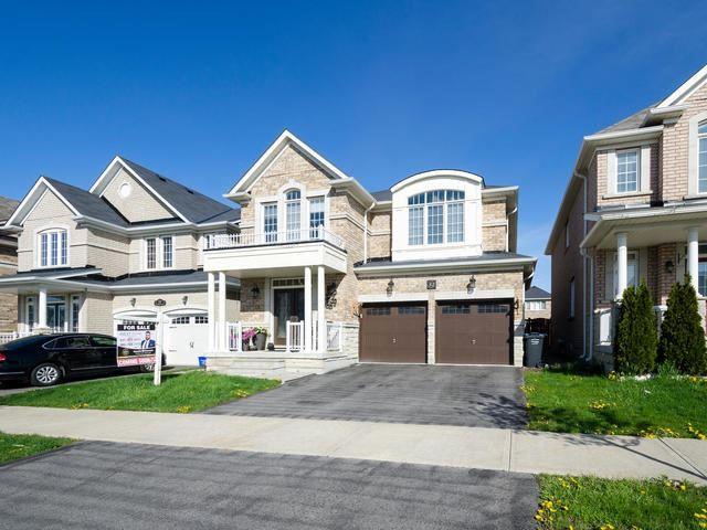 Detached at 52 Castle Oaks Crossing Rd, Brampton, Ontario. Image 1