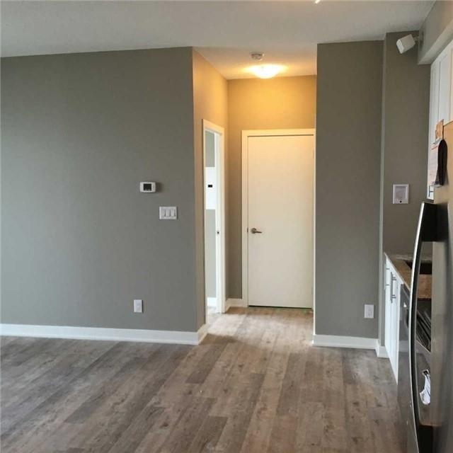 Condo Apartment at 4099 Brickstone Mews, Unit 3209, Mississauga, Ontario. Image 4