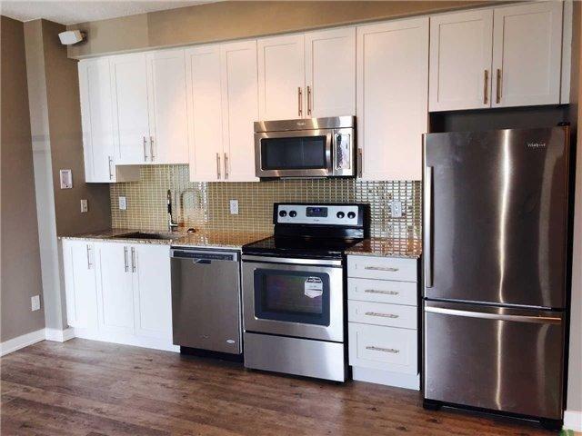 Condo Apartment at 4099 Brickstone Mews, Unit 3209, Mississauga, Ontario. Image 5