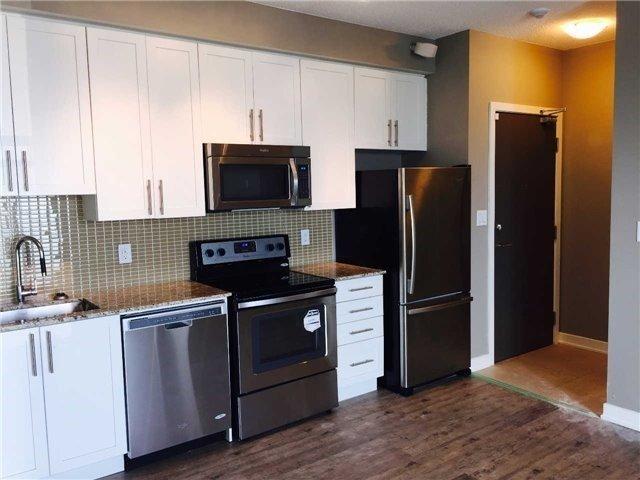Condo Apartment at 4099 Brickstone Mews, Unit 3209, Mississauga, Ontario. Image 6