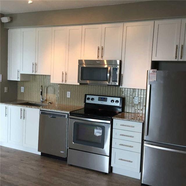 Condo Apartment at 4099 Brickstone Mews, Unit 3209, Mississauga, Ontario. Image 7