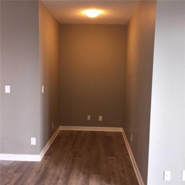 Condo Apartment at 4099 Brickstone Mews, Unit 3209, Mississauga, Ontario. Image 8