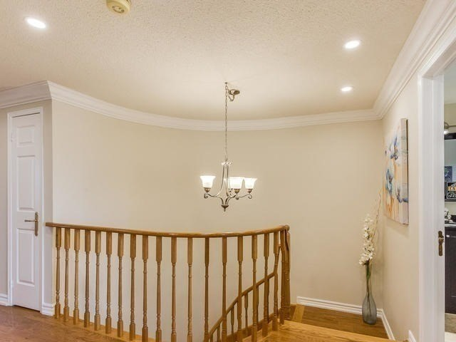Detached at 4416 Romfield Cres, Mississauga, Ontario. Image 3