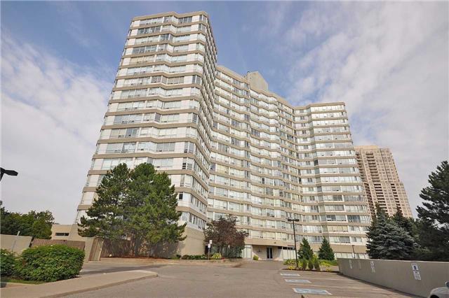 Condo Apartment at 50 Kingsbridge Garden Circ, Unit 901, Mississauga, Ontario. Image 1