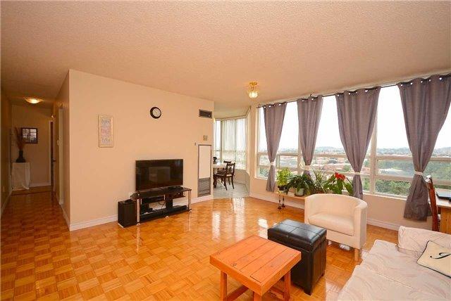 Condo Apartment at 50 Kingsbridge Garden Circ, Unit 901, Mississauga, Ontario. Image 16