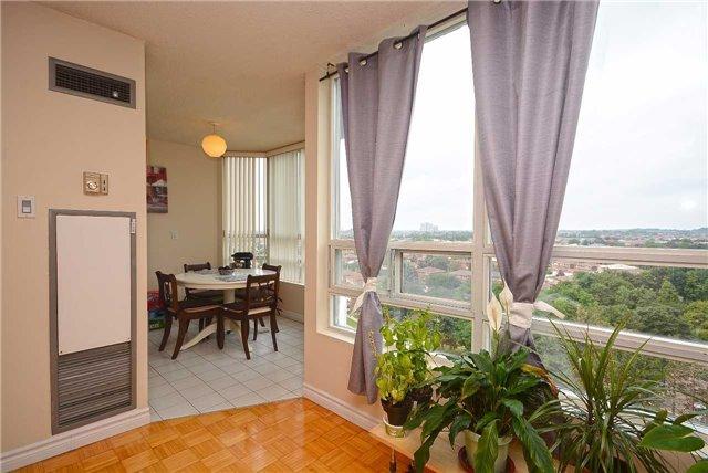 Condo Apartment at 50 Kingsbridge Garden Circ, Unit 901, Mississauga, Ontario. Image 20