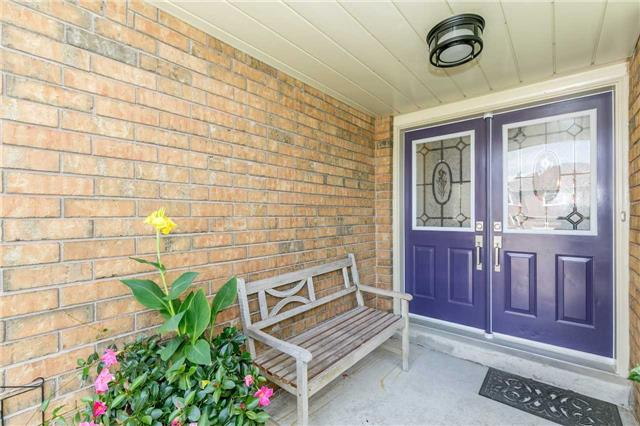 Semi-detached at 6 Coolspring Cres, Caledon, Ontario. Image 12