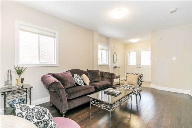 Semi-detached at 6 Coolspring Cres, Caledon, Ontario. Image 14