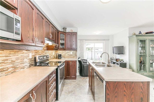 Semi-detached at 6 Coolspring Cres, Caledon, Ontario. Image 15